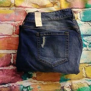 Torrid Distruction Boyfriend Jeans